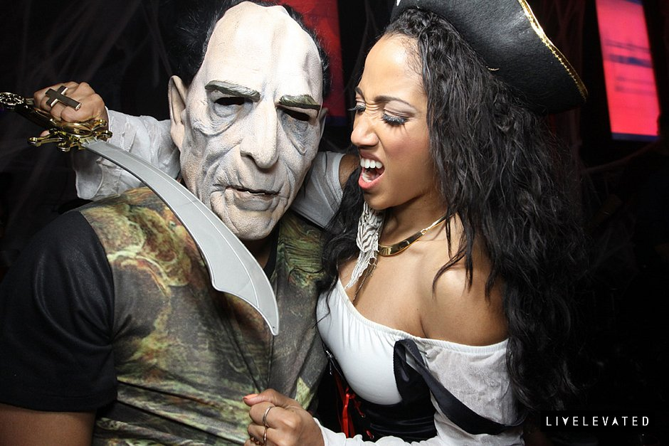 halloween-at-av-nightclub-Oct-31-2013-10-031.jpg